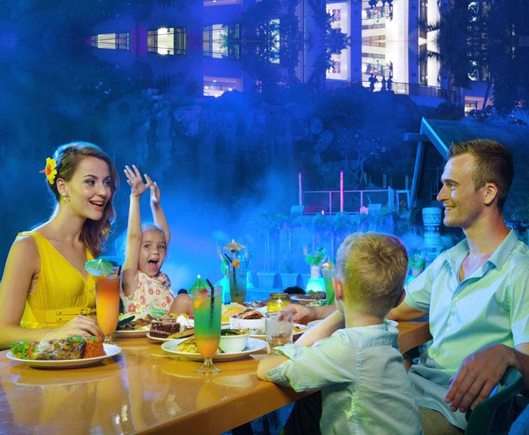 Тумон, Вечернее Шоу с ужином Тихоокеанские Фантазии