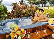 Номер Ocean Front Spa в Pacific Island Clubs