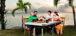 Море Гриль на тихоокеанском Island Club Сайпан